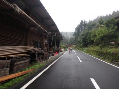 山伏峠への道(2)