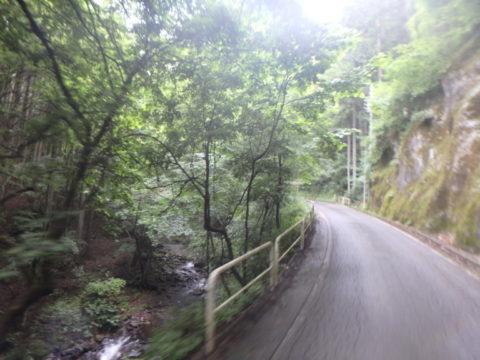 十石峠への登り